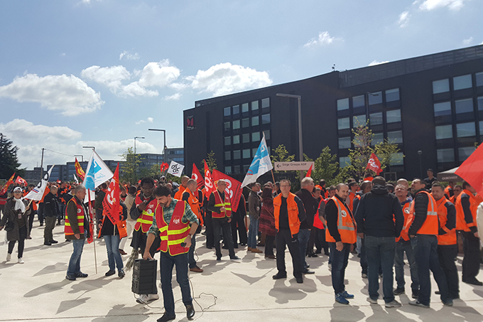 2018-05_Manifestation-privatisationCDG1.jpg